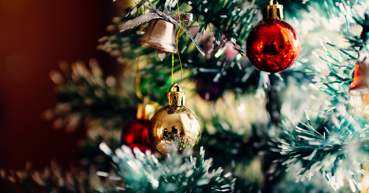 25 Christmas Scavenger Hunt Ideas You Can Tackle On Zoom